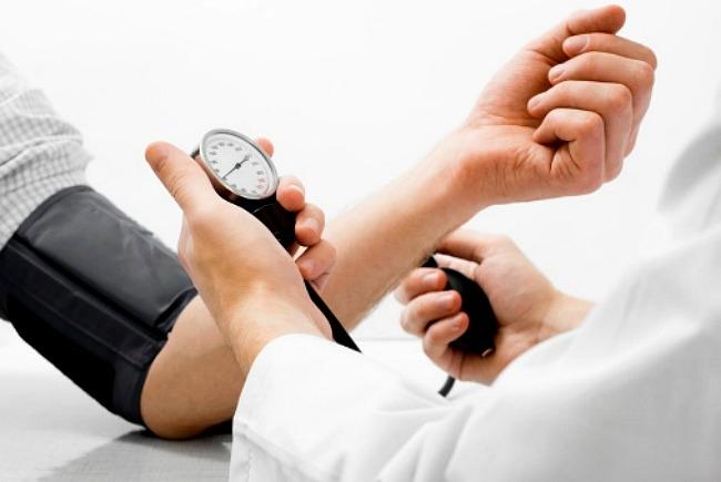 a magas vérnyomás menopauza tünetei magas vérnyomás aneurysmával