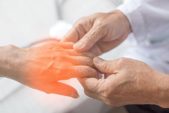 kéz zsibbad a magas vérnyomás hipertónia születésétől kezdve