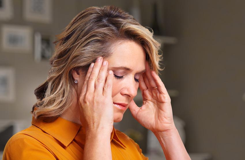 mit ihat magas vérnyomásos fejfájás esetén