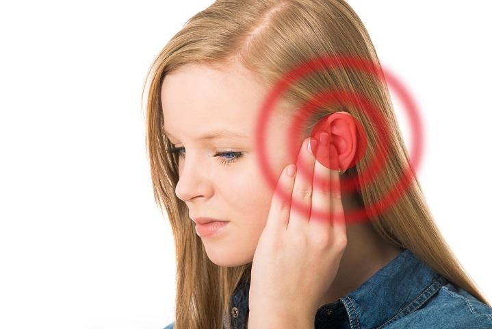 magas vérnyomás esetén a fülbe lő magas vérnyomás tünetei elsősegély
