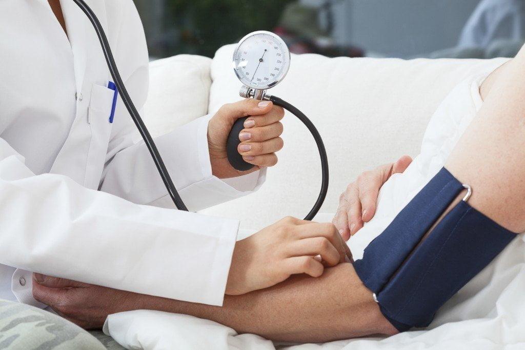 masszázs hipertónia képek magas vérnyomás 1 és 3 fokozatú kockázat