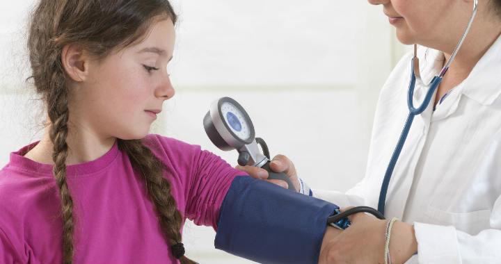 magas vérnyomás hány éves kortól magas vérnyomás kezelés népi tünetek