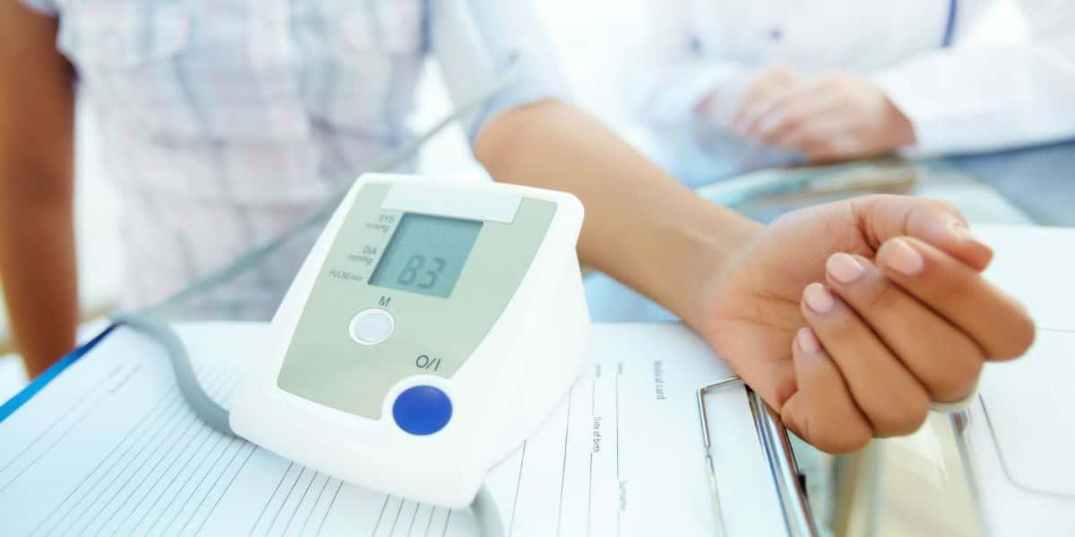 alvászavar magas vérnyomással hogyan lehet gyógyítani a magas vérnyomás első szakaszát