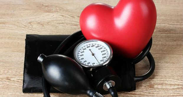 stádiumú magas vérnyomás gyógyítható hipertóniás krízis szövődménye
