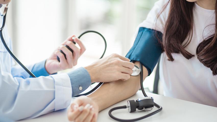 a magas vérnyomás szakaszai és kockázatai