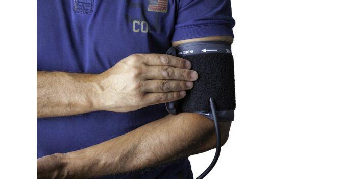 cyston és magas vérnyomás a magas vérnyomás epidemiológiája