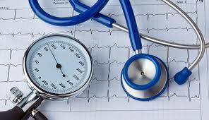 mit kell kezdeni egy magas vérnyomás-epizóddal küzdő emberrel