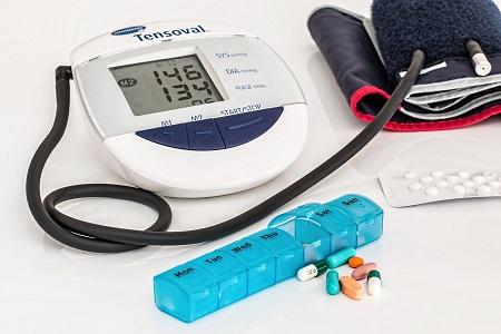 módszer a magas vérnyomás kezelésére jód felülvizsgálatokkal