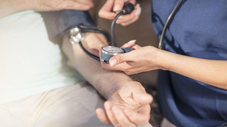 felső alsó nyomás hipertónia magas vérnyomás idegektől hogyan kell kezelni